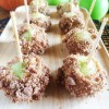 Coffee Cake Crumble Caramel Apple Bites