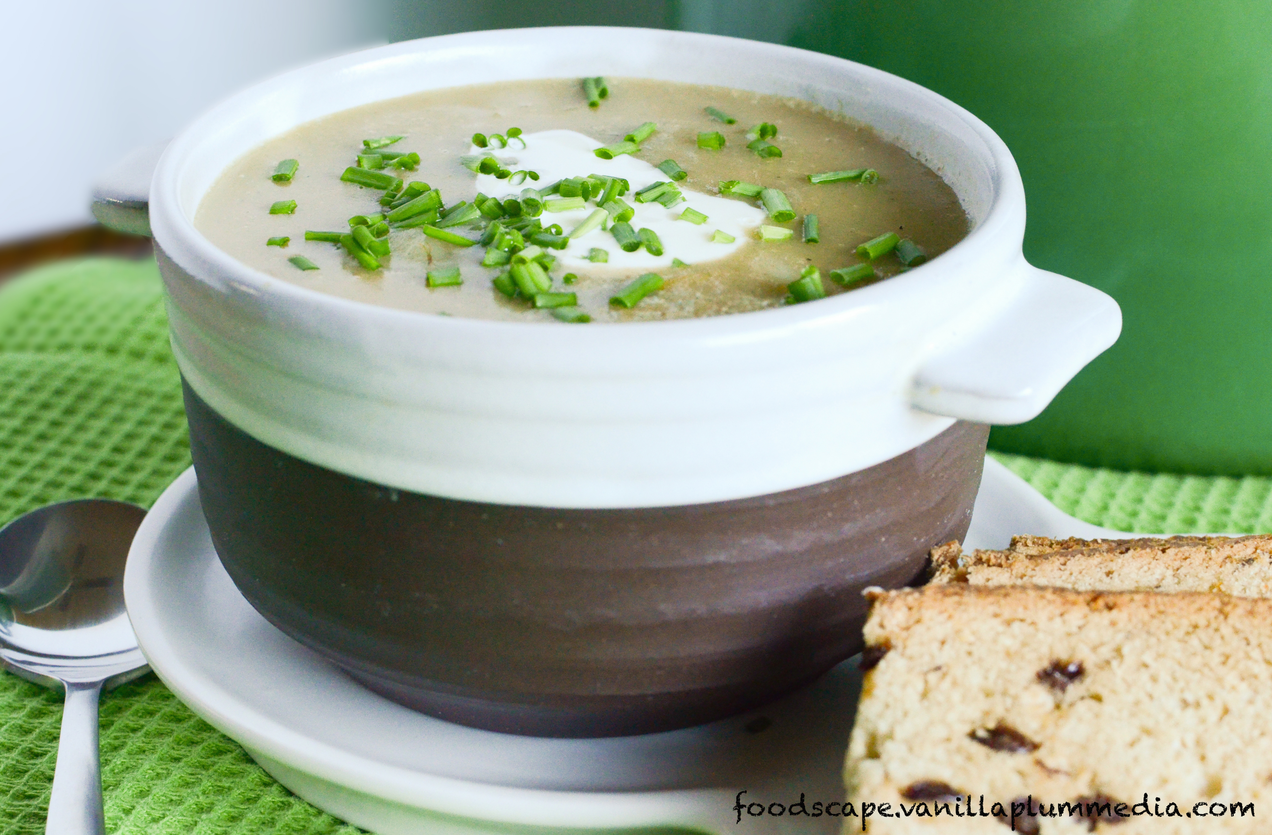 Simple Creamy Potato Leek Soup